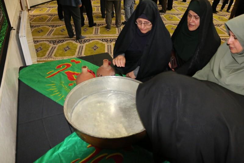 مراسم طشتگذاری در مسجد دانشگاه آزاد اردبیل +تصاویر